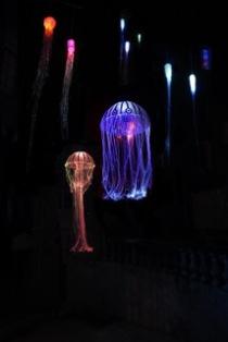 Quallen (Licht-Objekte aus Glasfaser, by Nina Haas)